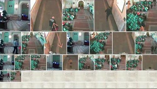 videoanalitica4_.jpg Мужчина идет по залу, другой по коридору в сторону зала, охранник поменял место нахождения - прислонился к кассам, мужчина выходит из кабинета - кстати, тот же, что зашел недавно